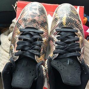Nike Shoes - Kobe 8 Lifestyle NSW snakeskin